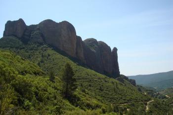 12A Peu après la grotte, arrivée aux Mallos d' Aguero
