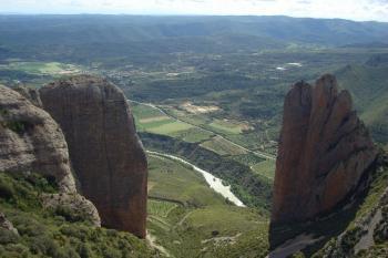 18 Panorama au dessus des Mallos de Riglos