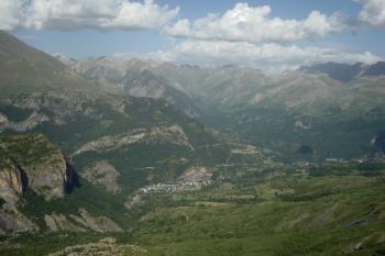 20 vale del Tena, Escarra