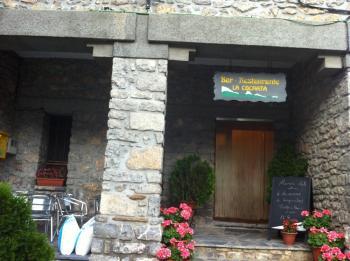 26 Récompense  au bar du même nom que le sommet à Sandiniés